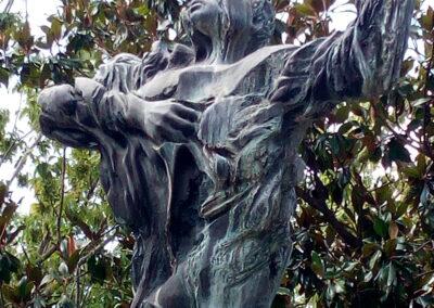 Scultura commemorativa a Franco Imposimato